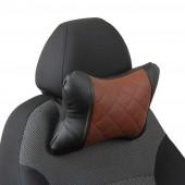 Подушка под шею из экокожи с ромбом чёрная-тёмно-коричневая